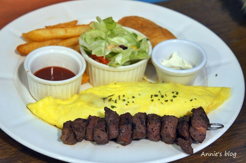 [蘆洲美食 麋鹿小館] 富有童趣的親子空間  高水準的平價餐廳  私房甜點 早午餐 下午茶 客製化料理