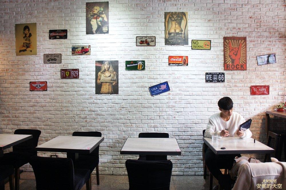 20171224192227 29 - [熱血採訪] 新莊輔大美食║Double泰 南洋風味料理║一個人也能品嘗的泰式料理 聚餐約會推薦餐廳