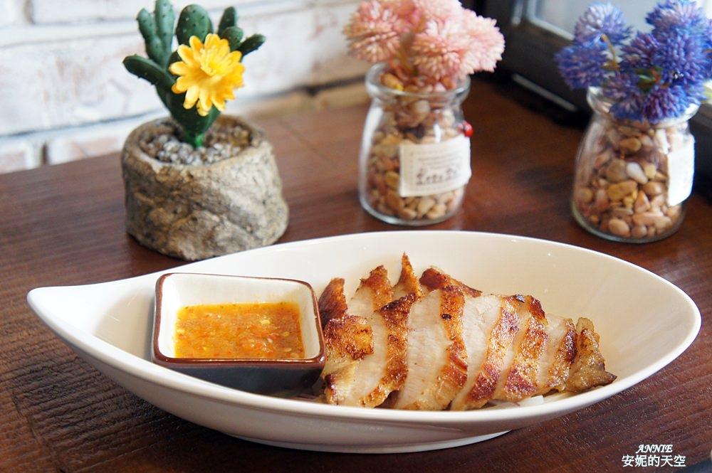 20171224192508 7 - [熱血採訪] 新莊輔大美食║Double泰 南洋風味料理║一個人也能品嘗的泰式料理 聚餐約會推薦餐廳