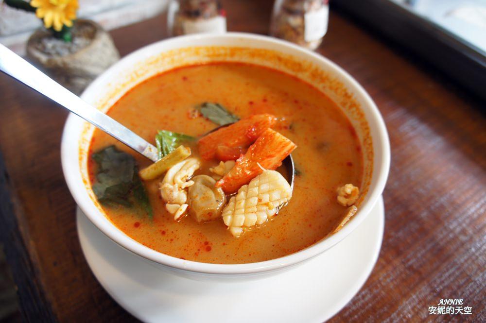 20171224192522 12 - [熱血採訪] 新莊輔大美食║Double泰 南洋風味料理║一個人也能品嘗的泰式料理 聚餐約會推薦餐廳