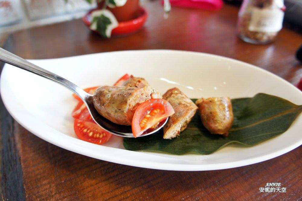 20171224192531 17 - [熱血採訪] 新莊輔大美食║Double泰 南洋風味料理║一個人也能品嘗的泰式料理 聚餐約會推薦餐廳