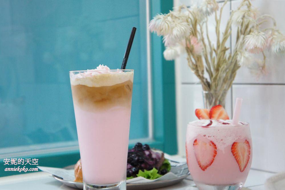 [板橋早午餐] 咖樂 – Show the Color 新埔站韓系餐廳 餐點也充滿粉紅泡泡