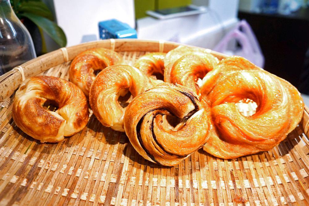 20180515233845 8 - [新北市 新莊美食] 幸福現烤甜甜圈  酥酥脆脆充滿幸福味