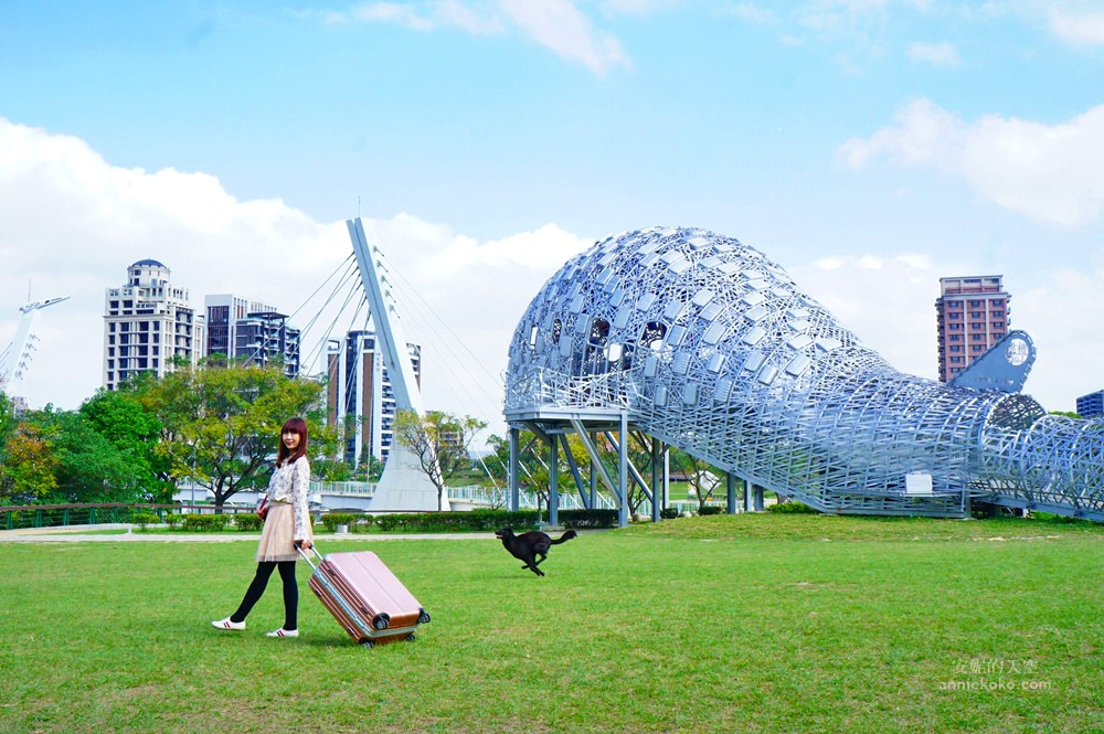 20181114232315 10 - [桃園景點]青塘園地景  乘載著夢想的桃機一號  超萌的送子鳥送來幸福 還有適合野餐的大草原