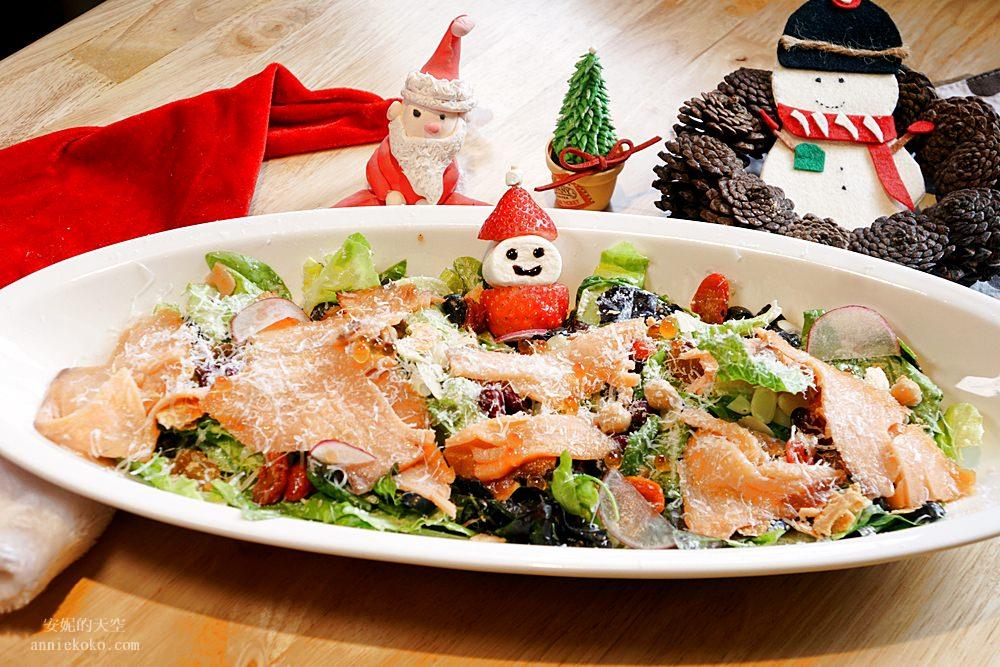 20181129193917 30 - [熱血採訪]萌萌的雪人披薩陪你過耶誕  義大利米蘭手工窯烤披薩 童趣耶誕餐點熱鬧登場