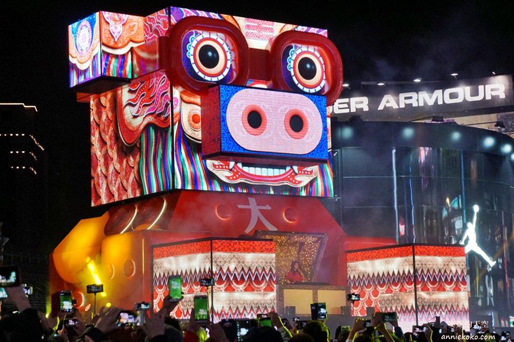20190217172342 94 - 2019台北燈會很不一樣!西門町湧入大批人潮,你也來拍照了嗎?