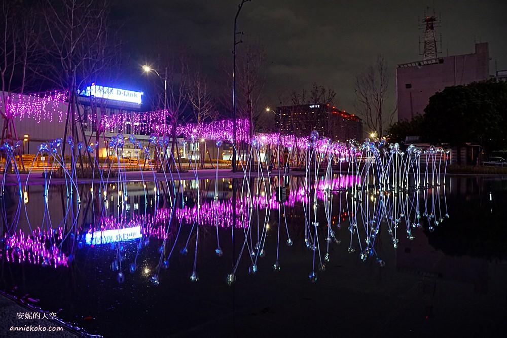 20190217172645 23 - 2019台北燈會很不一樣!西門町湧入大批人潮,你也來拍照了嗎?