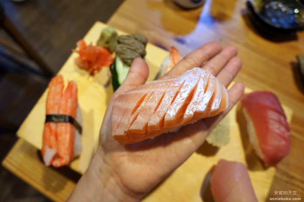 20190428020044 28 - 板橋美食 坐一下吧溫暖小酒館 超強巨人國握壽司 沒排個一小時是吃不到的喔