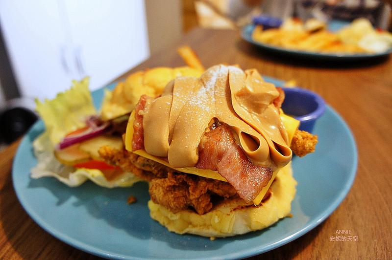 [板橋美食 Gatsby蓋子美式餐廳] 美式工業風格餐廳 誘人花生醬菠蘿漢堡