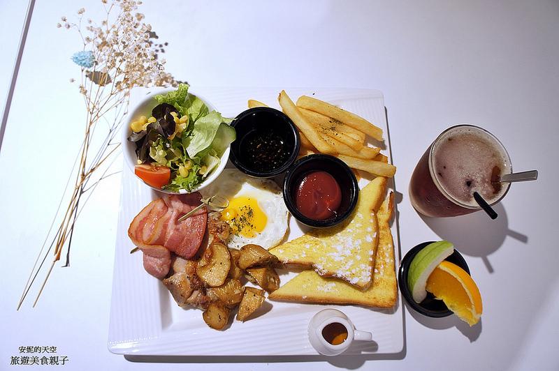 [板橋早午餐 Mamma Mia 麻米亞] 大份量豐盛早午餐 清新純白風情  不限時咖啡廳