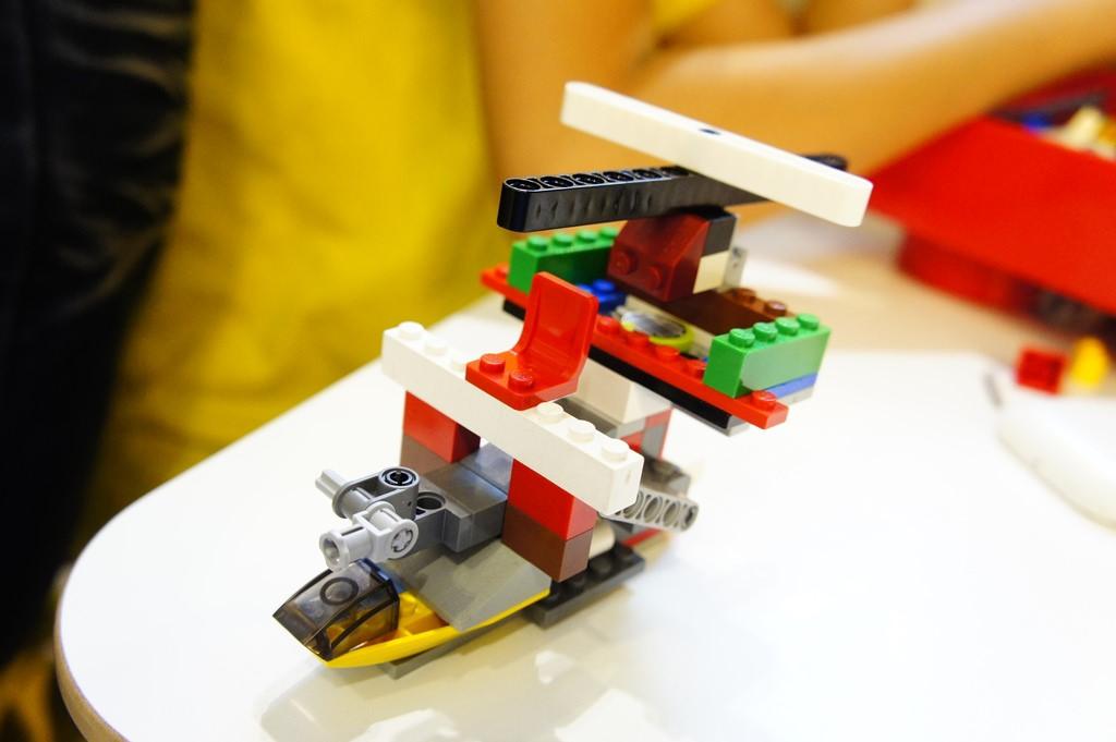 [西門  Fun樂砌 用積木造世界] 樂高親子餐廳  小孩的歡樂天堂