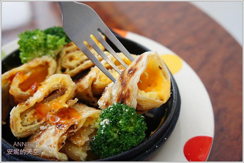 [板橋早午餐]PICNIC 比尼克   用鐵鍋ㄙㄨㄙㄨ餅喚醒一天的活力 超高CP值 鄰近江子翠捷運站