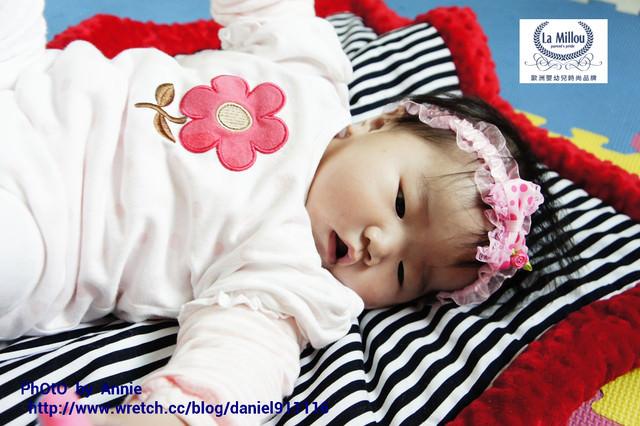 [開箱文] 給寶寶最溫柔的接觸  暖膚豆豆毯~La Millou