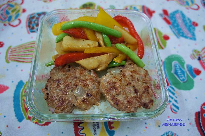 [親子料理漢堡肉食譜] 漢堡肉排簡單做  愛就是將肉團結在一起   金美滿無糖醬油料理